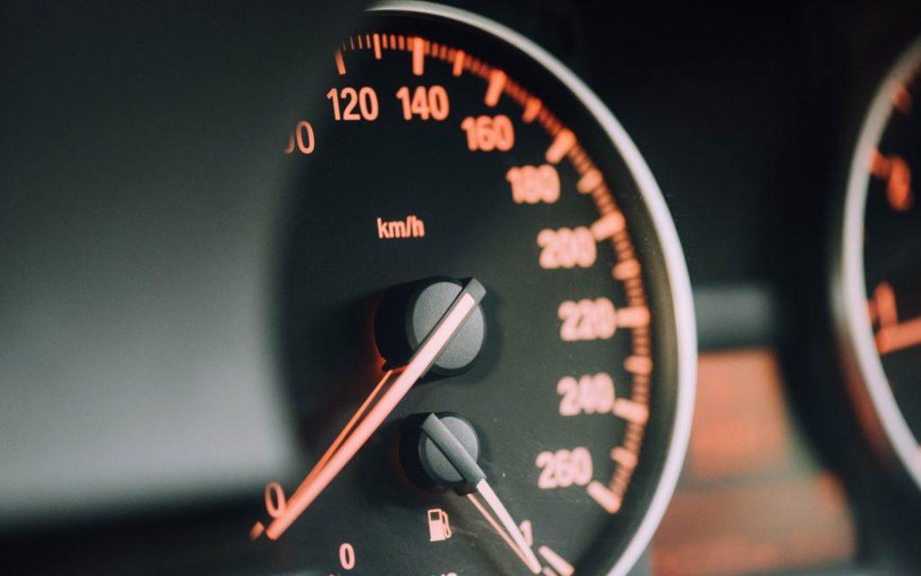 Cómo es el seguro de coche por kilómetro