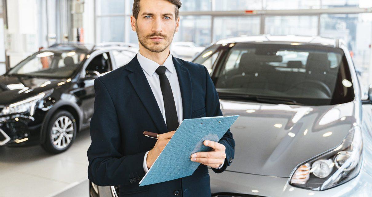 agente para comparar un auto nuevo